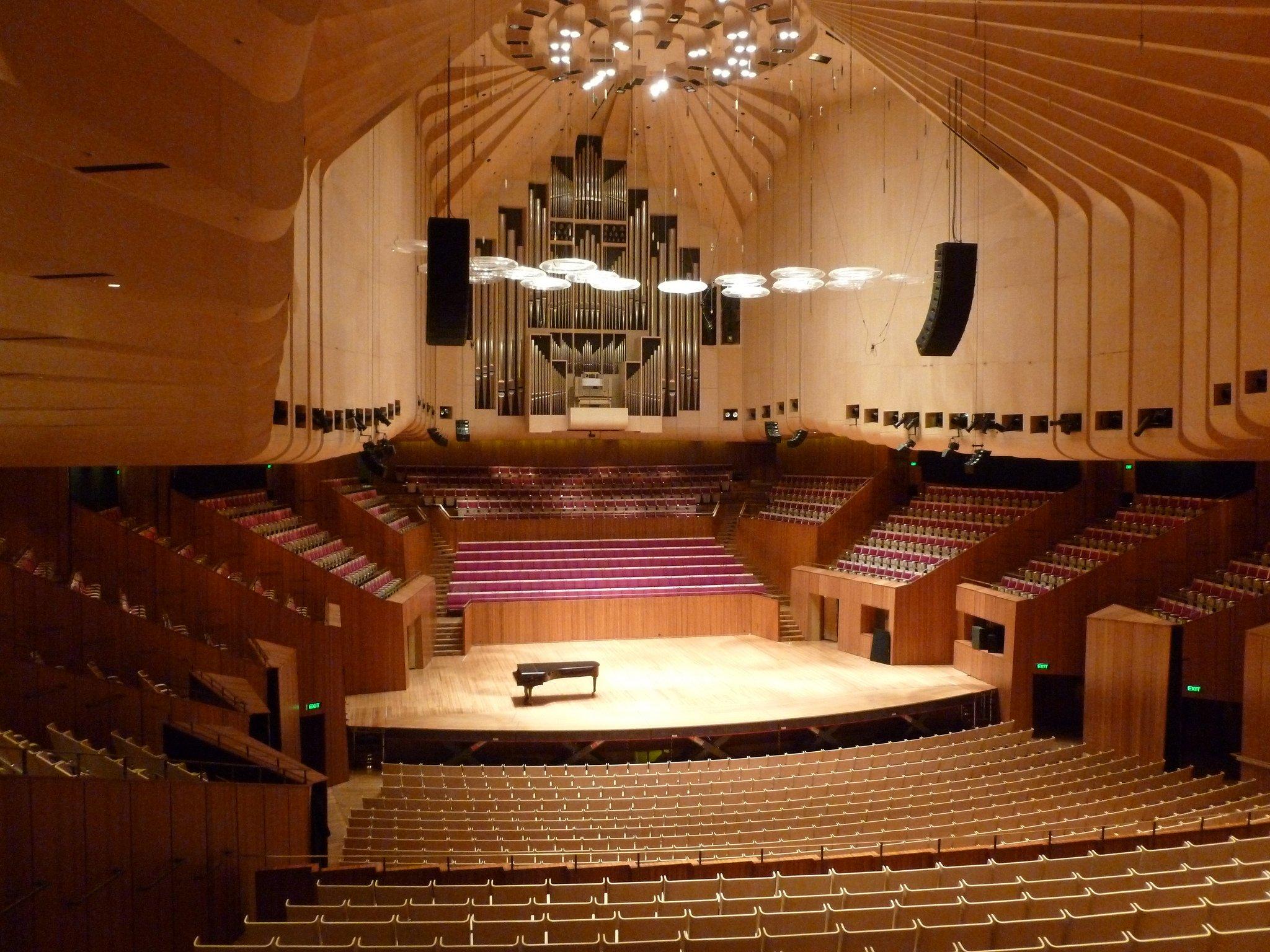 Как выглядит театр в Сиднее внутри?