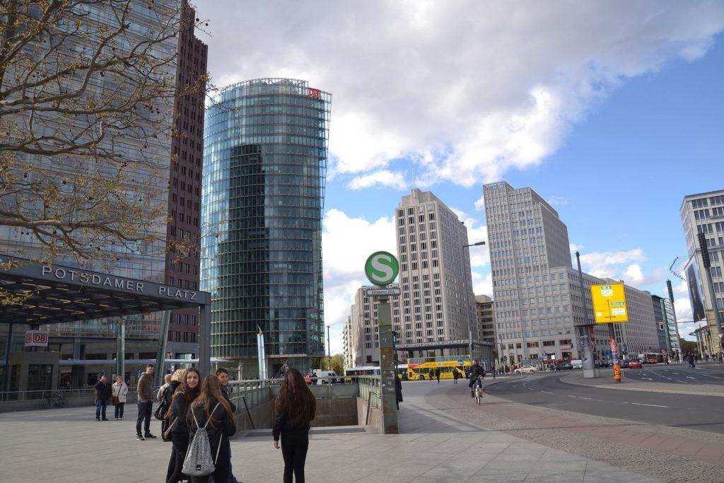 Постдамская площадь