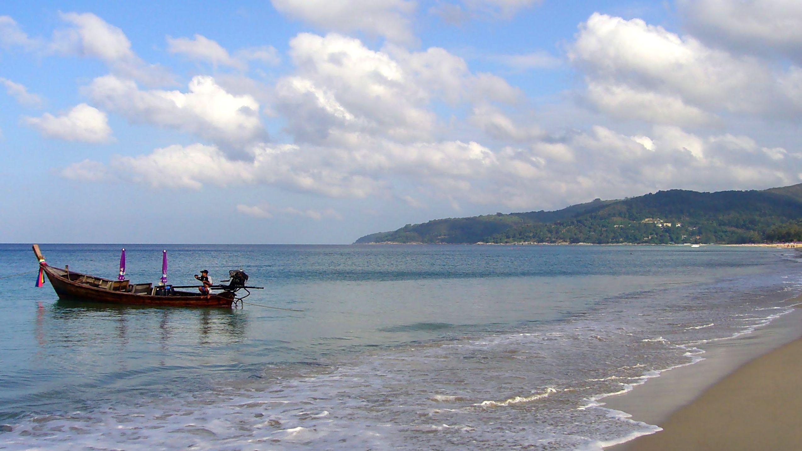 Пляж под названием Карон в Пхукете