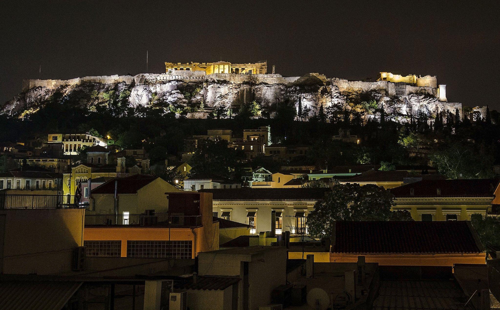 Ночная подсветка Акрополя