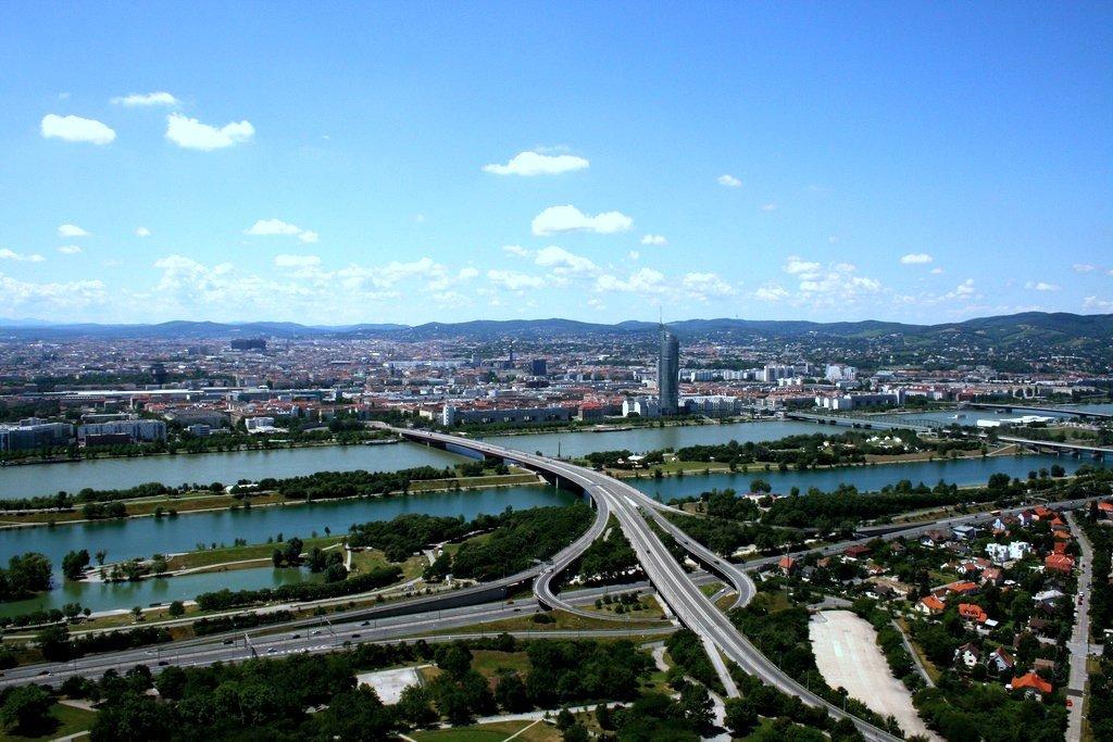 Вена с Дунайской башни