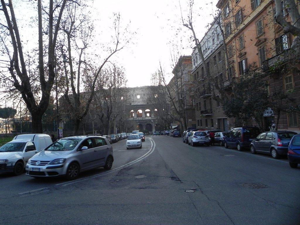 На автомобиле из Рима