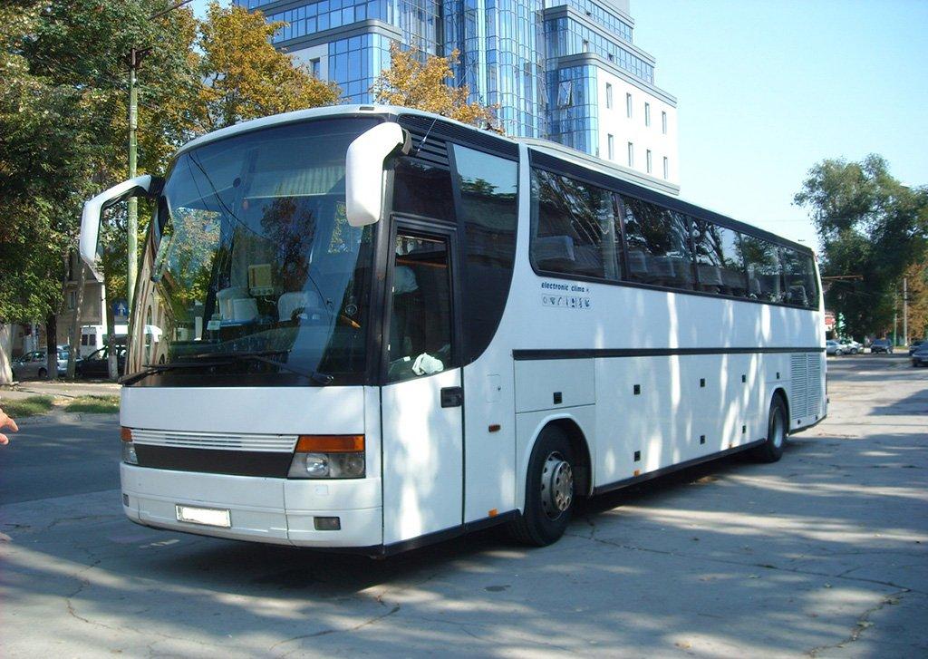 Автобус в Неаполь
