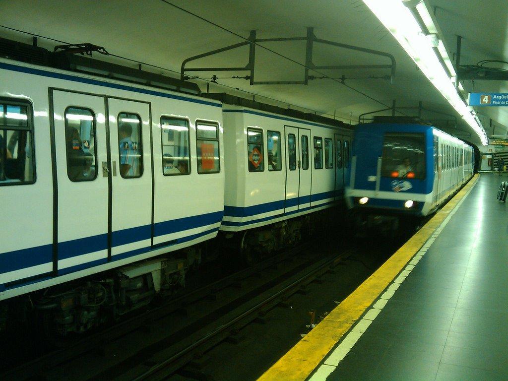 Поезда метро Мадрида