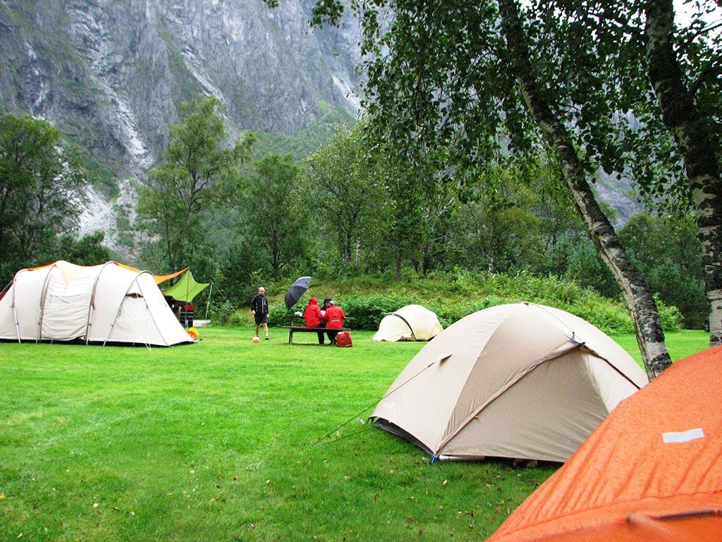 С палаткой по Европе