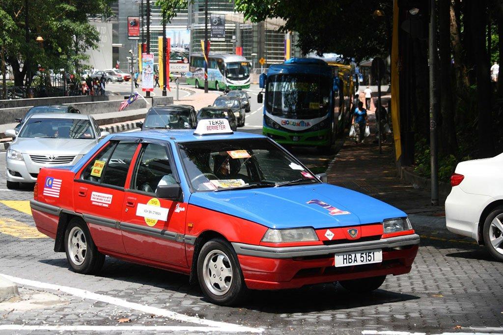 На такси в Сингапур