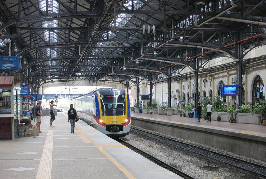 Поезд из Куала Лумпура