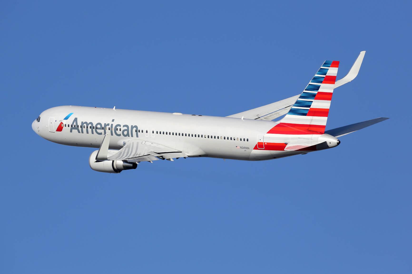 Самолет из Нью-Йорка