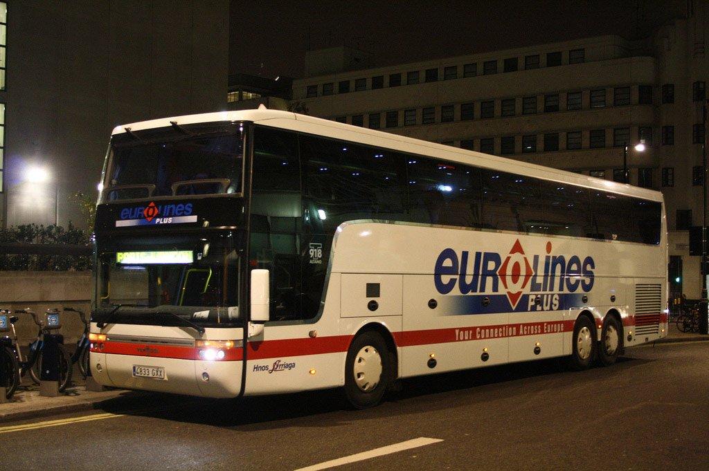 На автобусе в Париж
