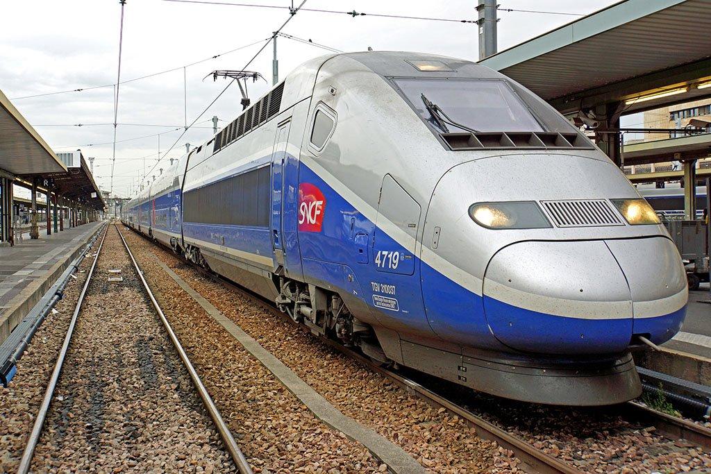 Поезд до Парижа