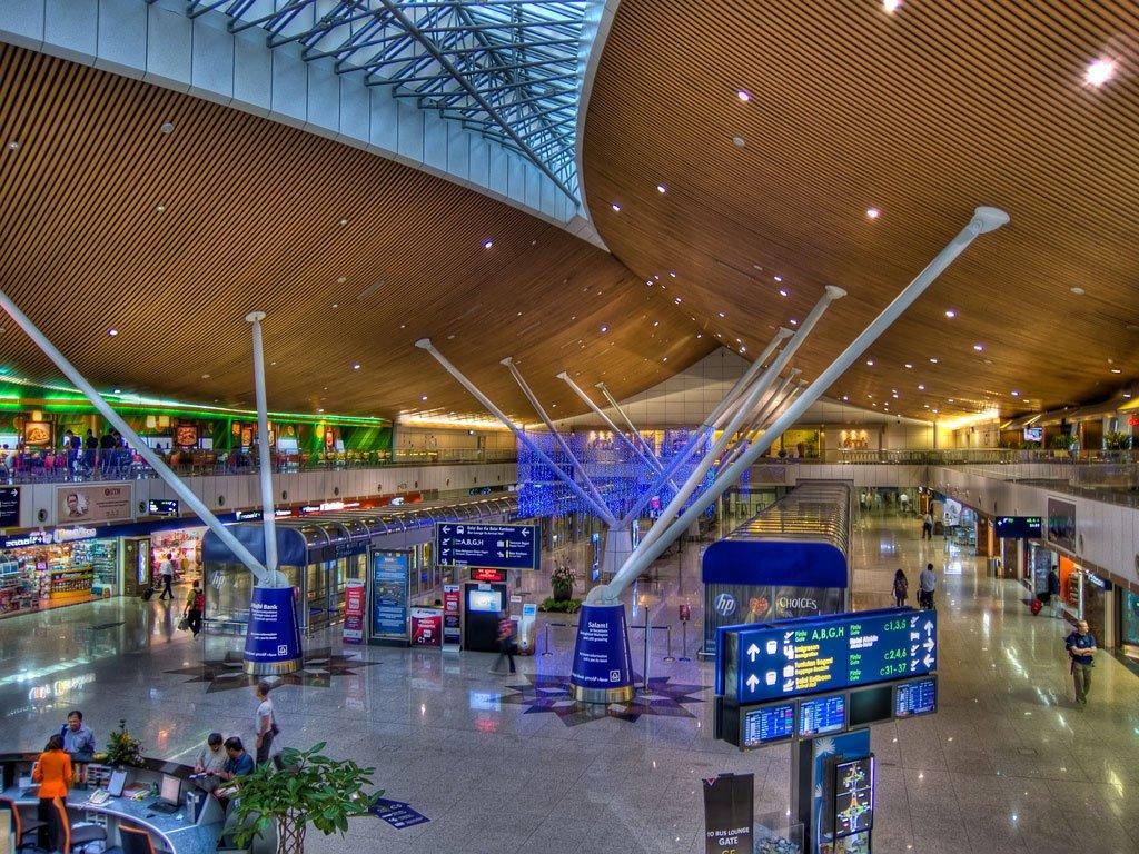 Зал терминала
