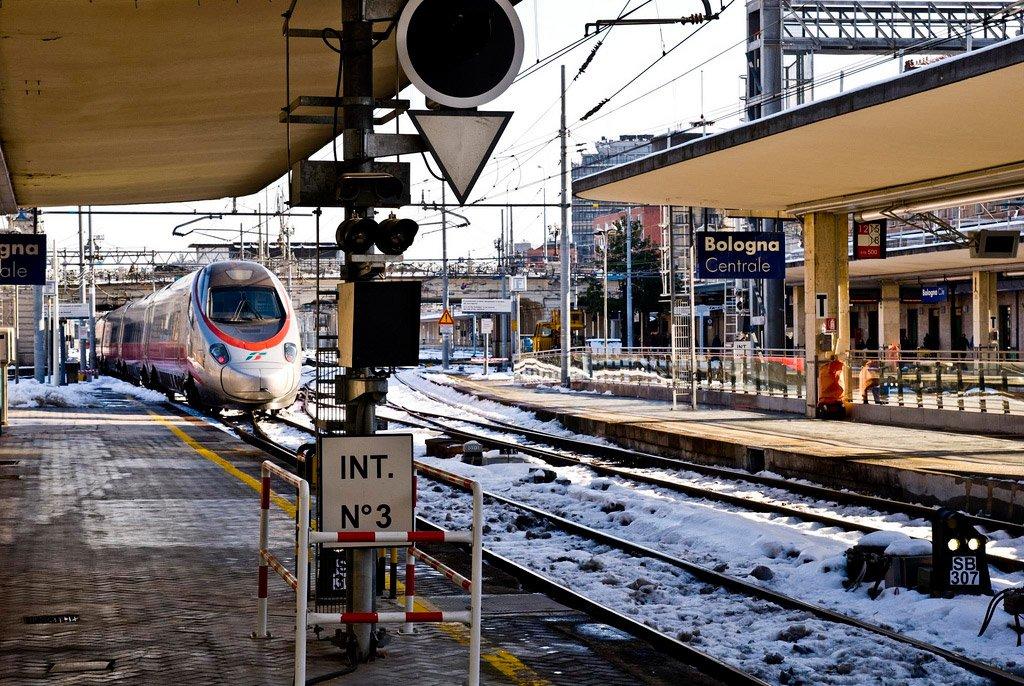Поезд в Болонье