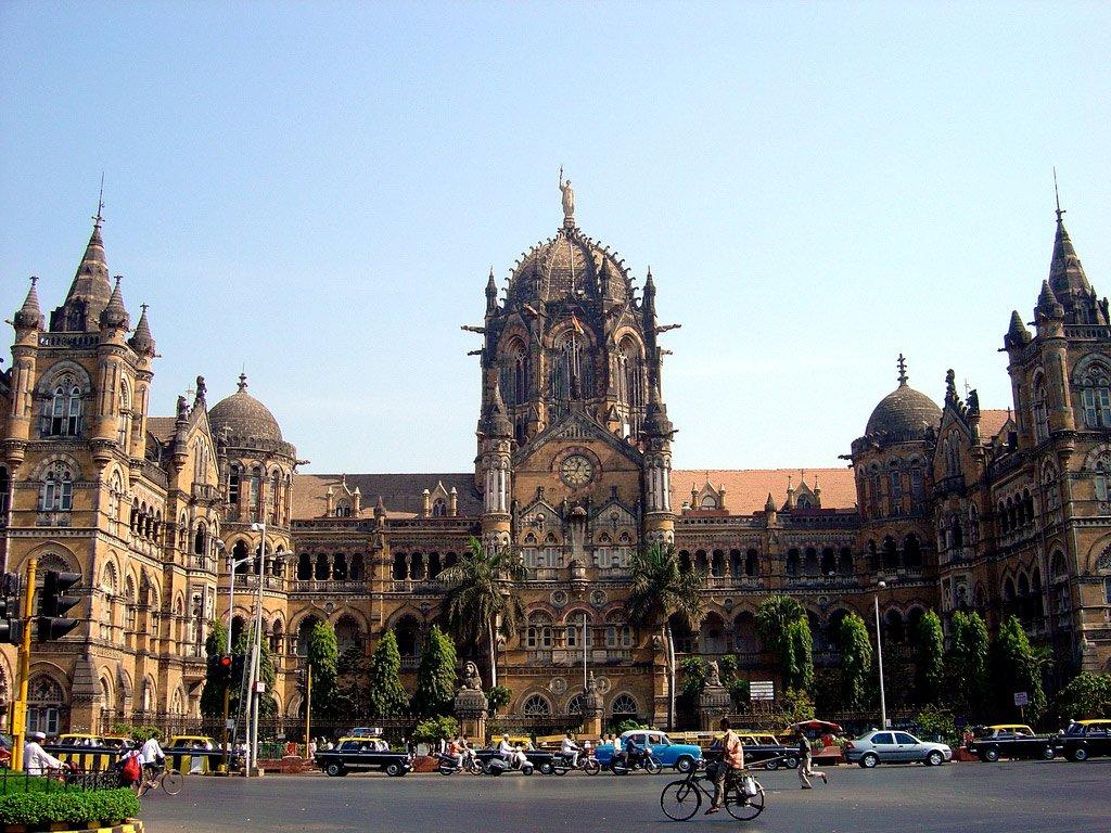 Вокзал в Мумбае