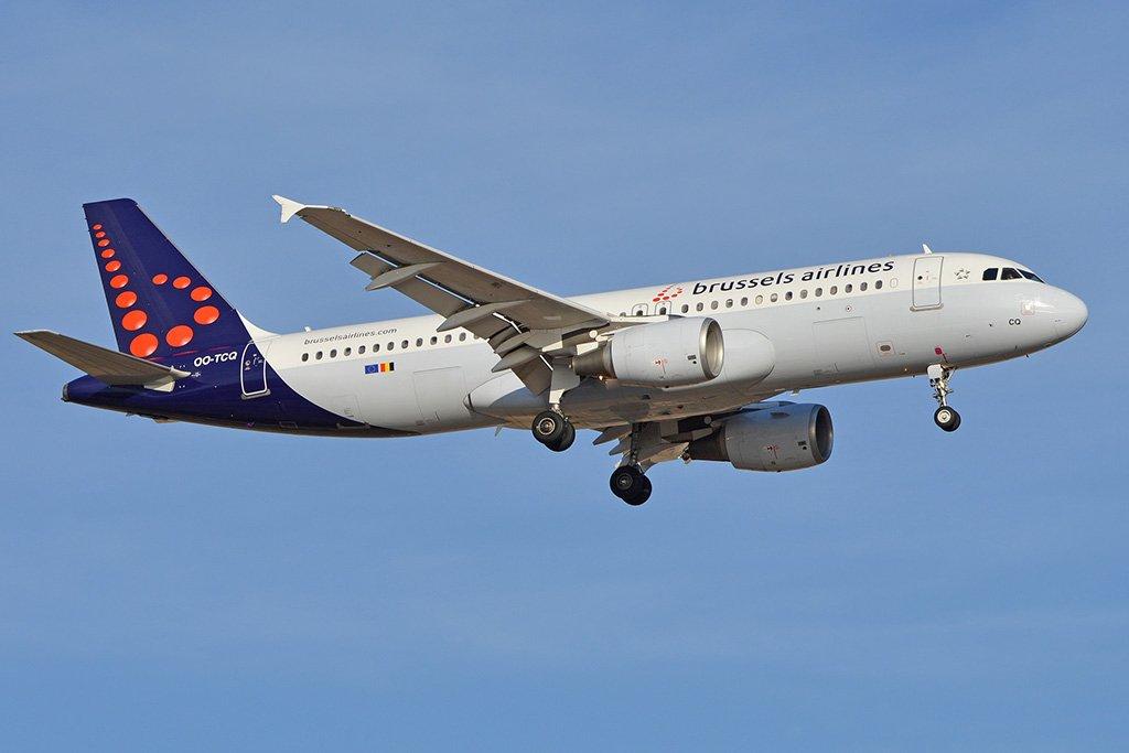 Самолет из Брюсселя
