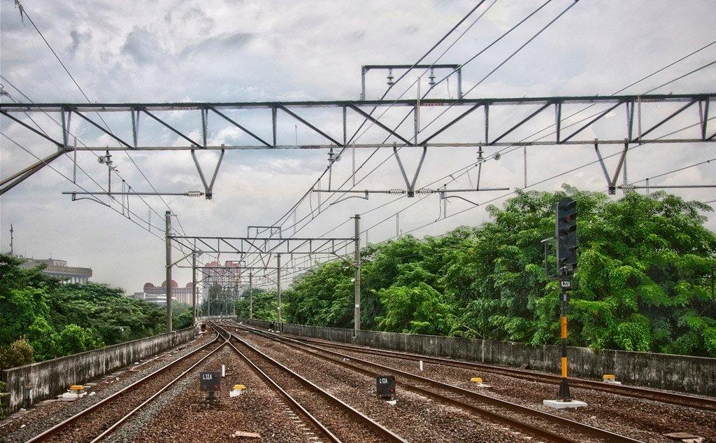Железная дорога Индонезии