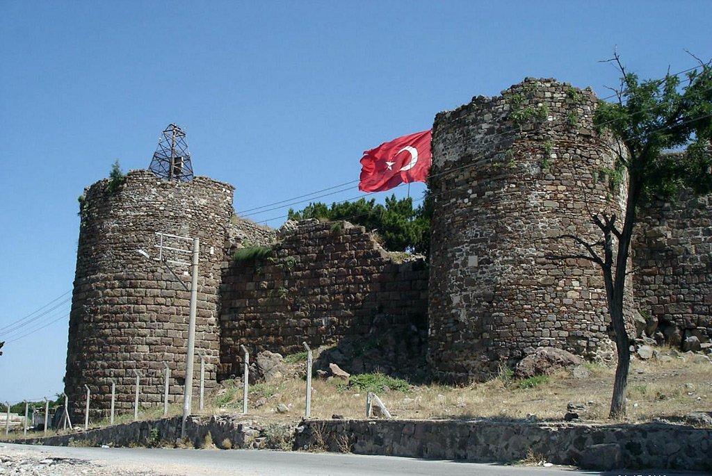 Крепость Кадифкале