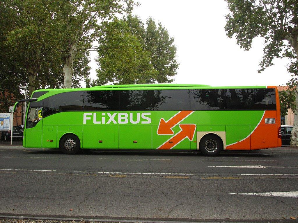 Автобус из Милана