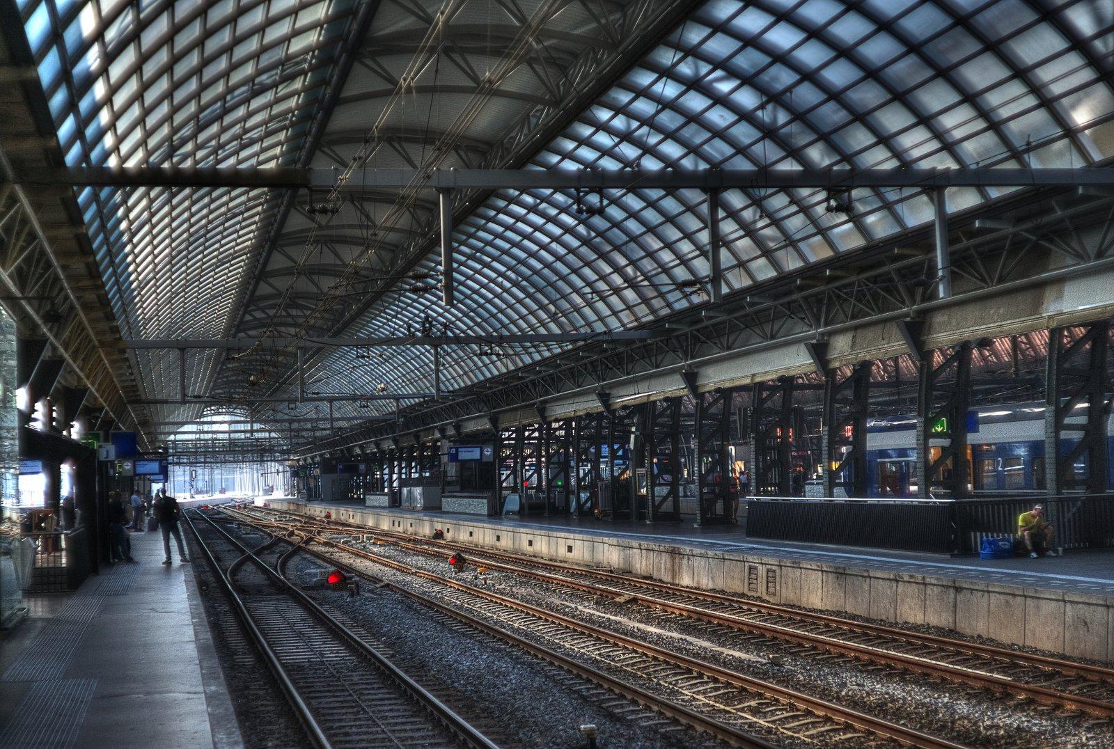 ЖД вокзал в Амстердаме