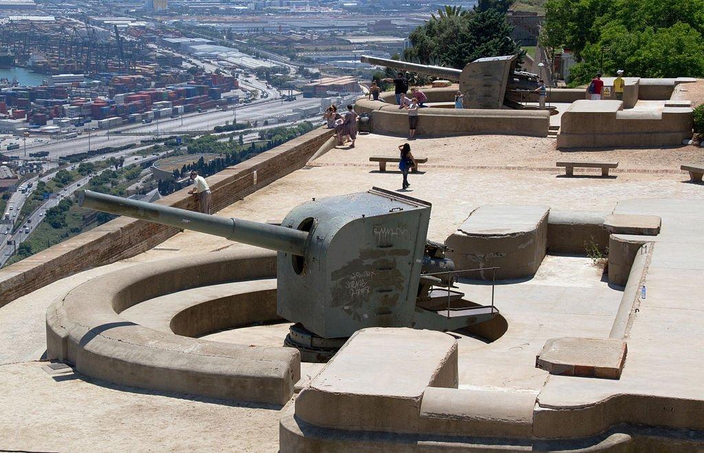 Крепость Монжуика