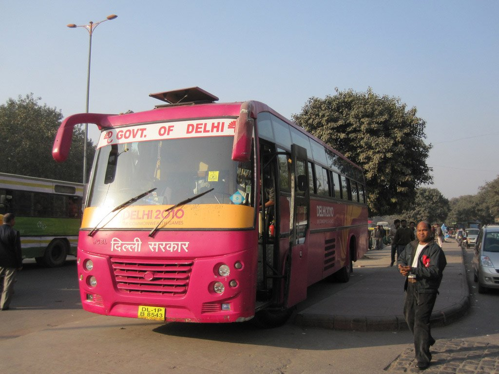 Автобус из Дели