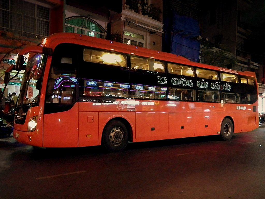 Автобус из Ханоя