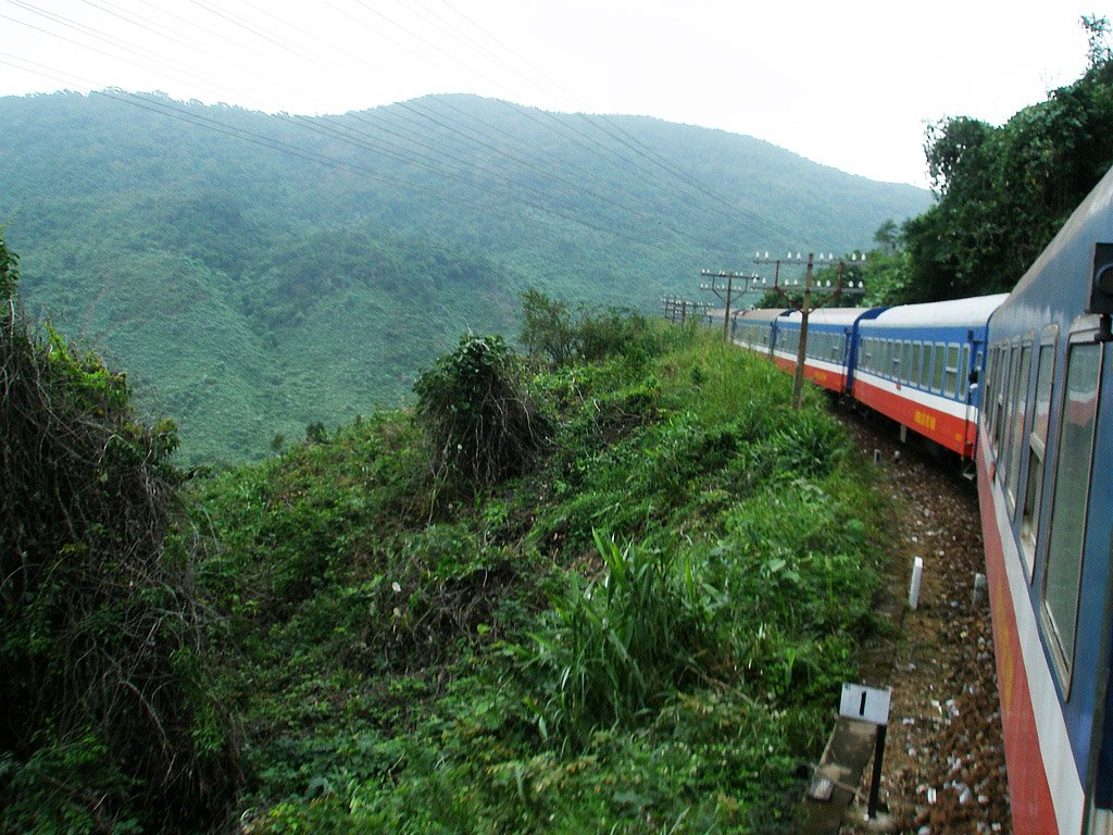 Поезд в Нячанг