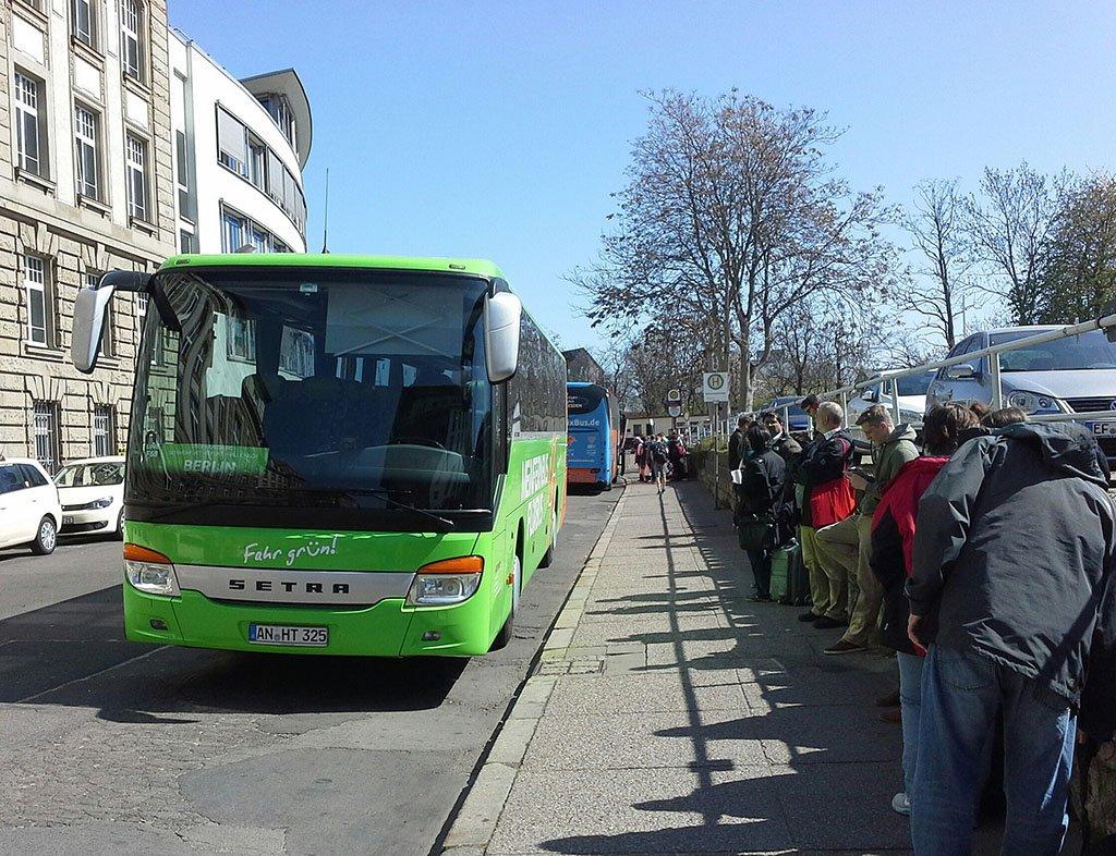 Автобус в Амстердам