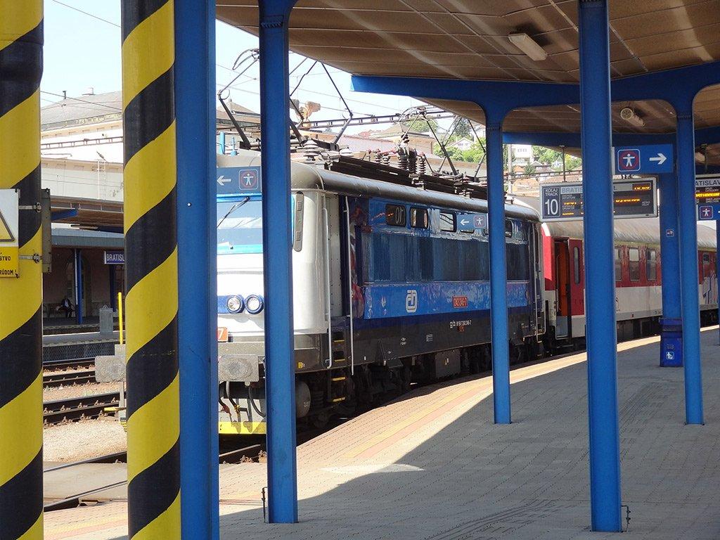 Поезд из Братиславы
