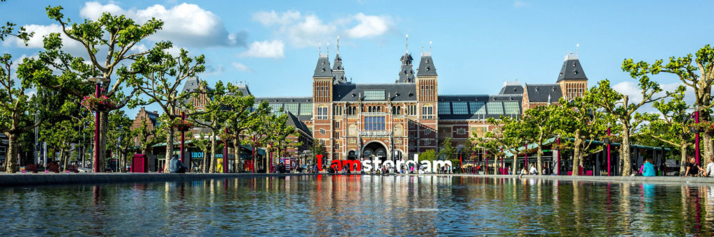 Что привезти из Амстердама? Какие сувениры купить?