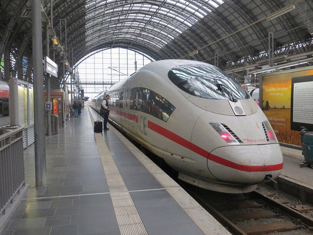 Поезд из Дюссельдорфа