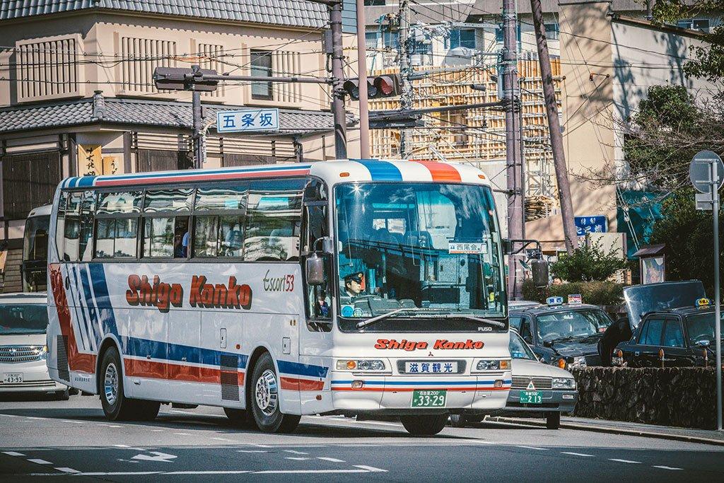 Японский автобус