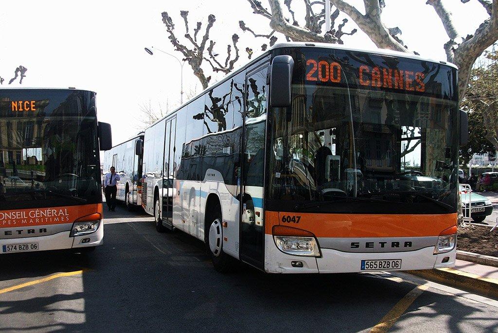 Автобус 200