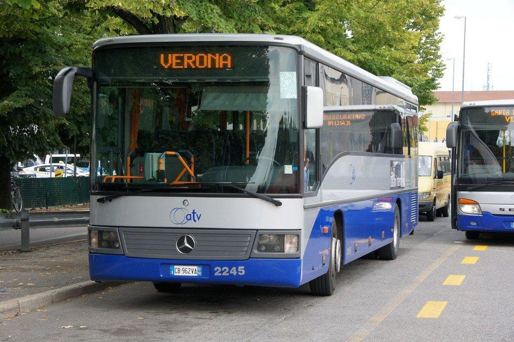 Автобус в Вероне