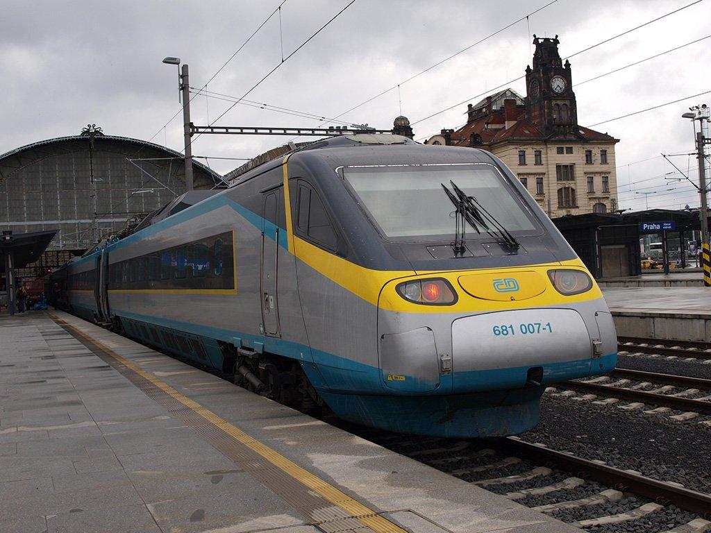 Поезд из Калининграда