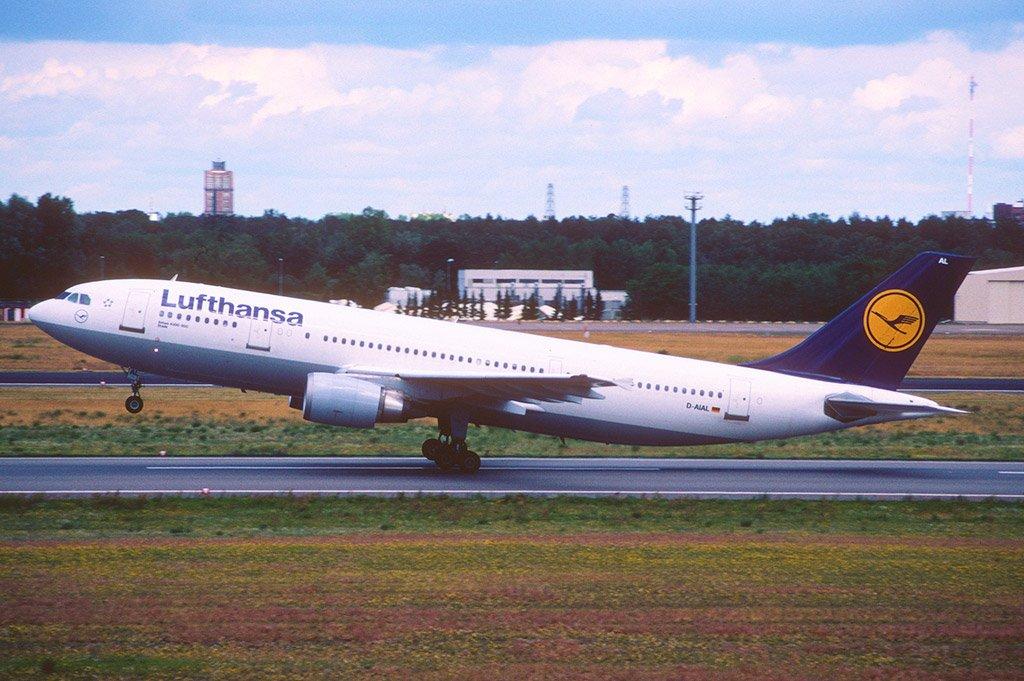 Самолет из Берлина