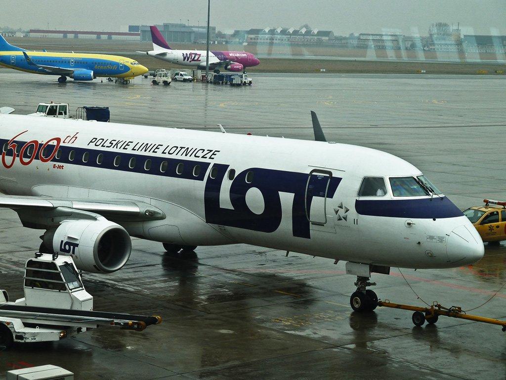 Самолет в Варшаву