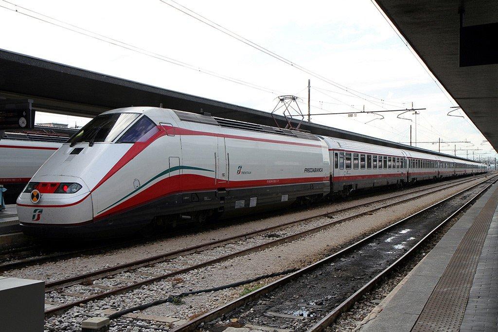 Скоростной поезд из Милана