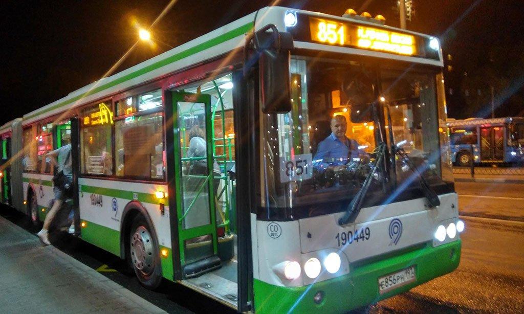 Автобус 851