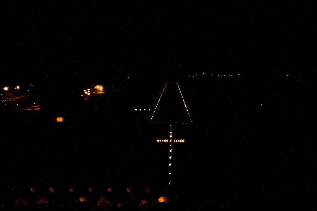 ВПП ночью
