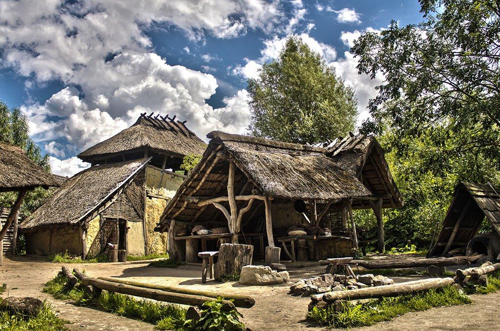 Доисторическая деревня