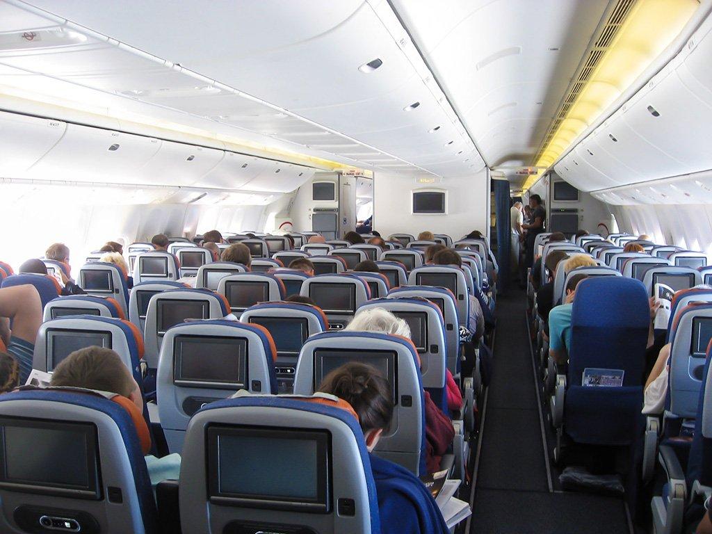 Вид салона Боинга 777-300