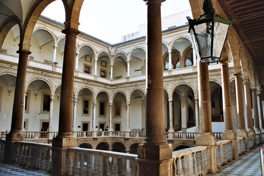 Палаццо Абателлис