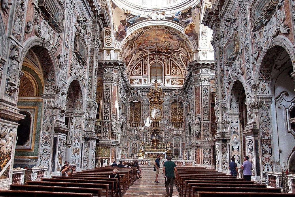Церковь Санта-Катерина