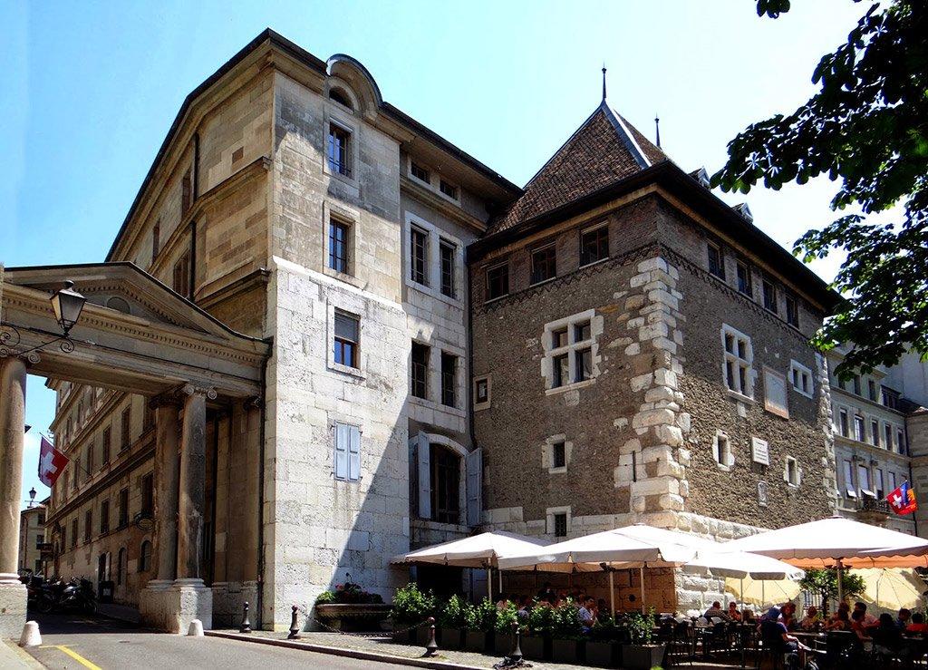 Женевская ратуша