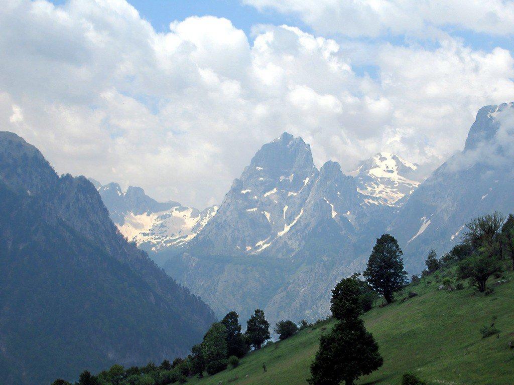 Албанские горы