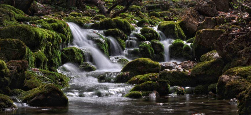 Водопад в Каньоне Крыма