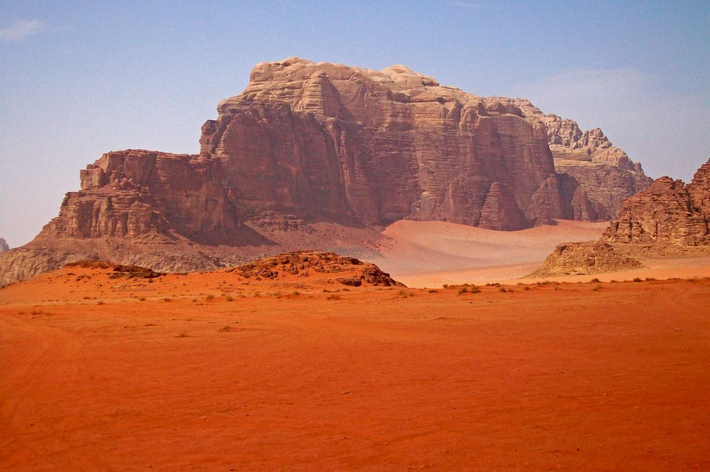 Горы в Вади-Рам