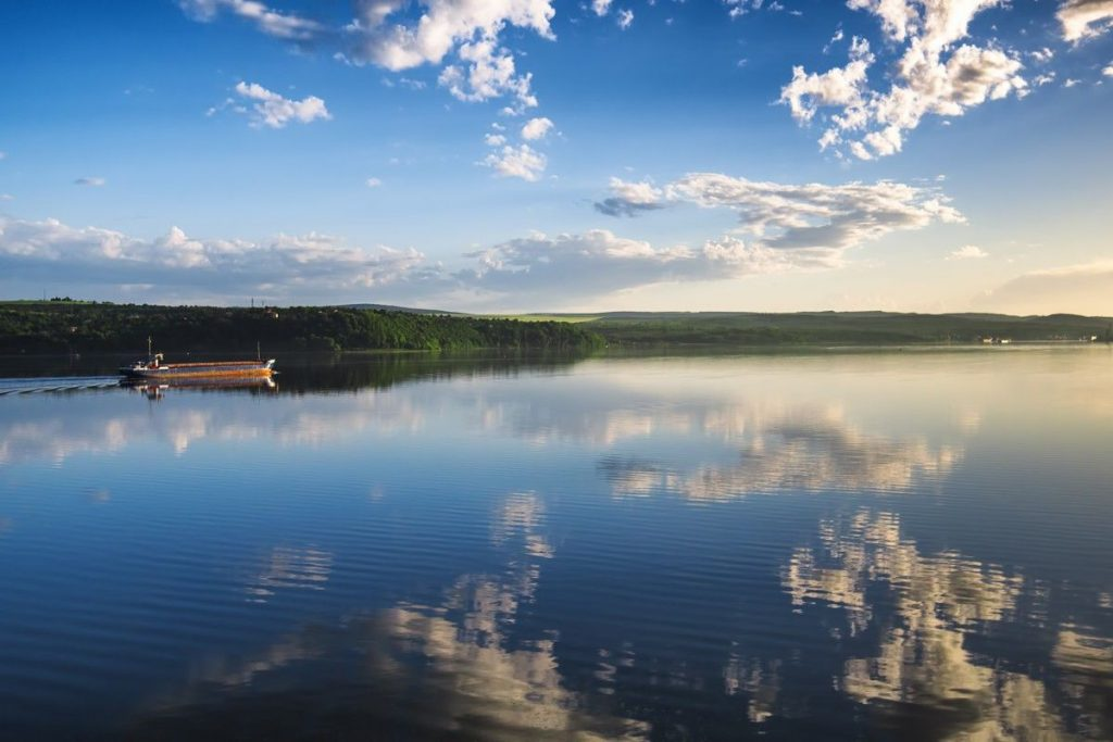 Варненское озеро