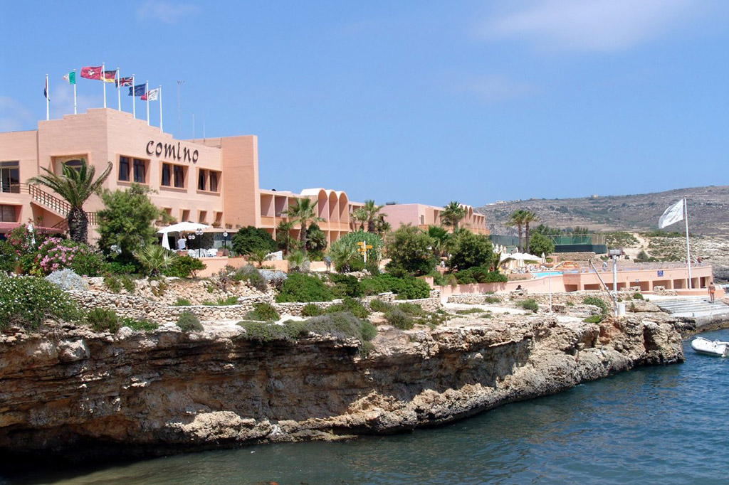 Отель Комино