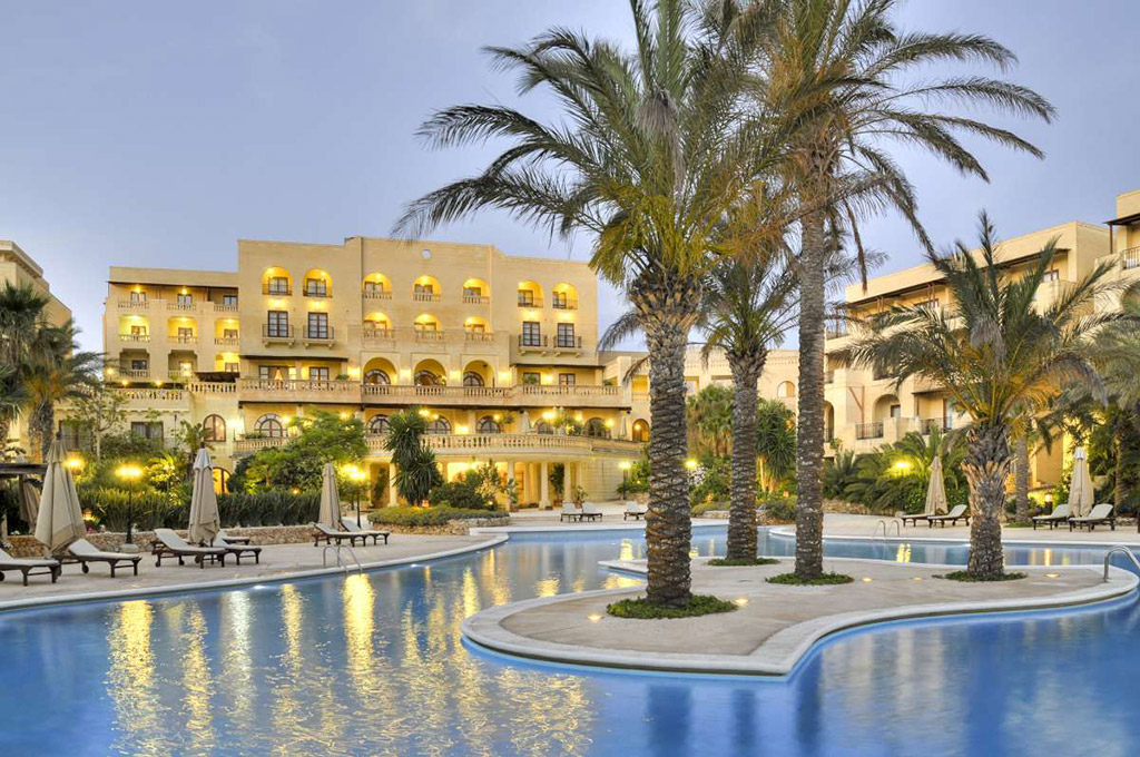 Отель на Гоцо